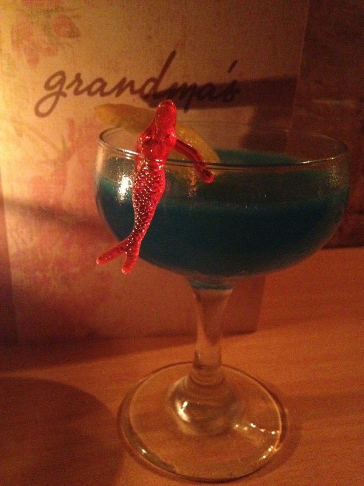Grandma's bar Corpse Reviver
