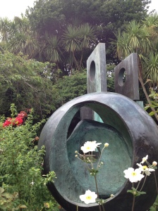 hepworth sculpture garden st ives