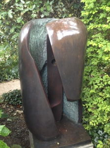 hepworth sculpture garden