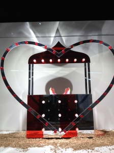 I heart the window display